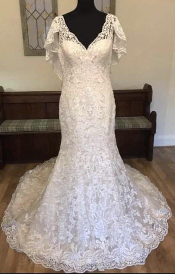 Allure   Wedding Dress   Trumpet   C2089