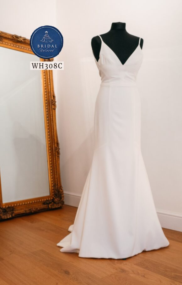 Sassi Holford | Wedding Dress | Fit to Flare | WH308C