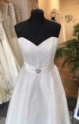 Sassi Holford   Wedding Dress   Tea Length   T197F