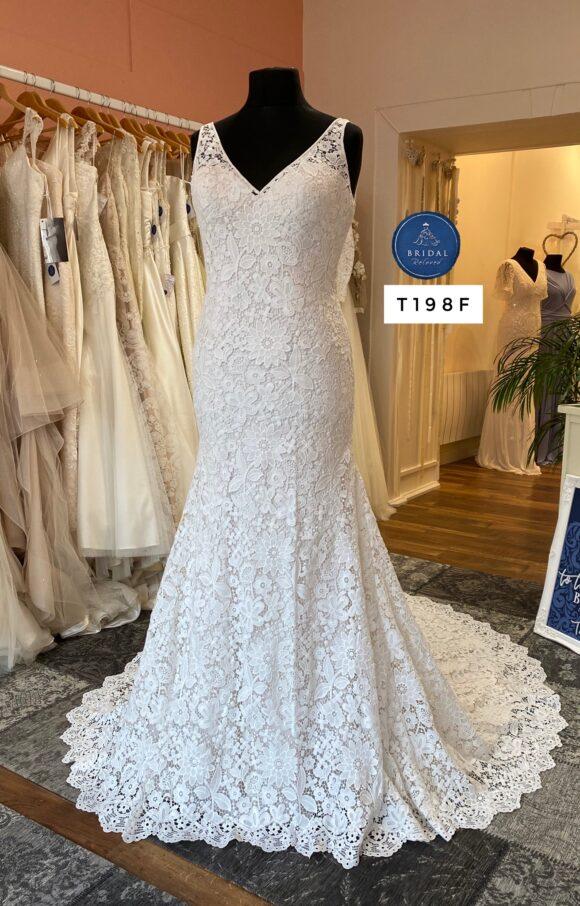 Justin Alexander   Wedding Dress   Fit to Flare   T198F