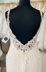 Enzoani | Wedding Dress | Fit to Flare | D1143K