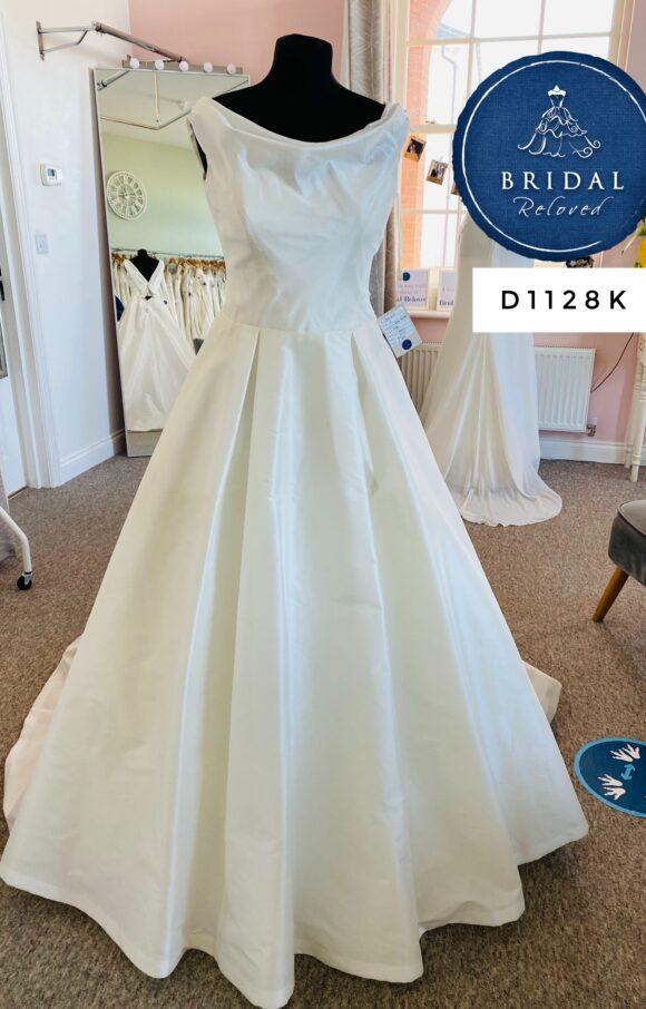 Sassi Holford   Wedding Dress   Aline   D1128K