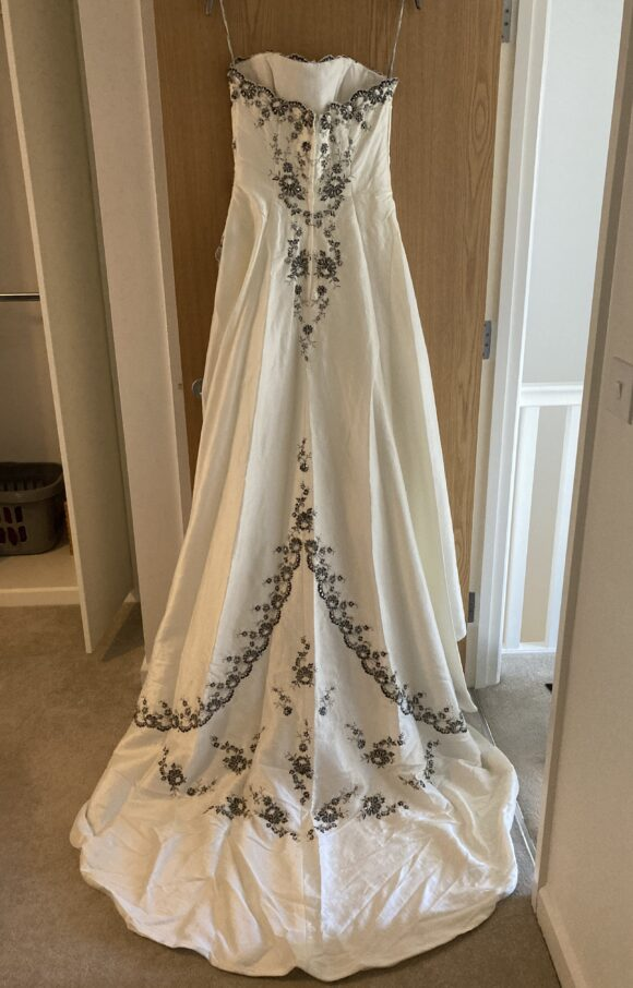 Hilary Morgan | Wedding Dress | Aline | C2263
