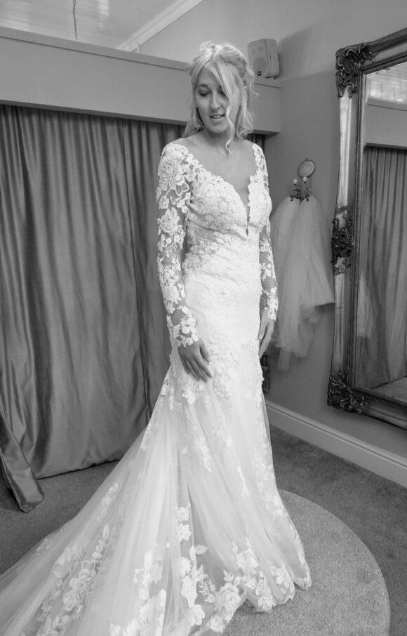 Martina Liana   Wedding Dress   Fit to Flare   C2139