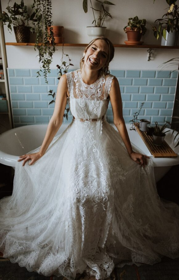 Yolancris | Wedding Dress | Fit to Flare | C2110