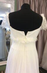 Benjamin Roberts   Wedding Dress   Empire   ST533S