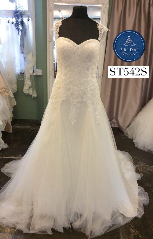 Romantic | Wedding Dress | Aline | ST542S