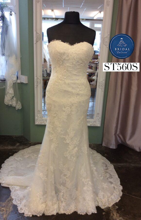 San Patrick | Wedding Dress | Fit to Flare | ST560S