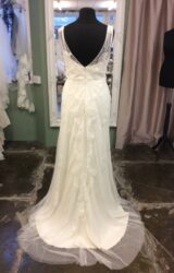 Ellis Bridal | Wedding Dress | Column | ST571S