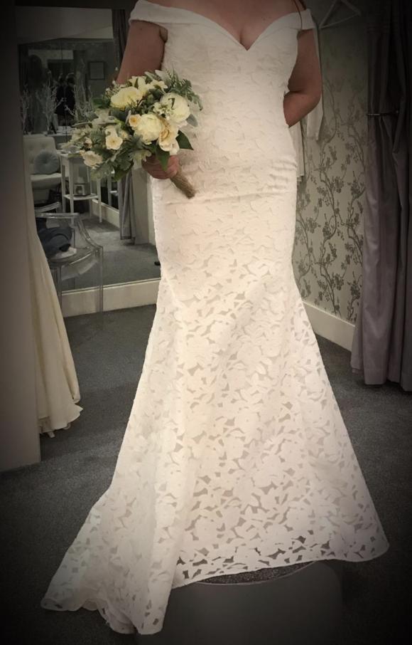 Enzoani | Wedding Dress | Fishtail | C2209