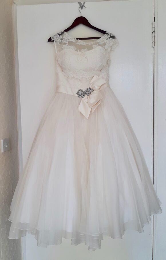 Ivory and Co | Wedding Dress | Tea length | C2132