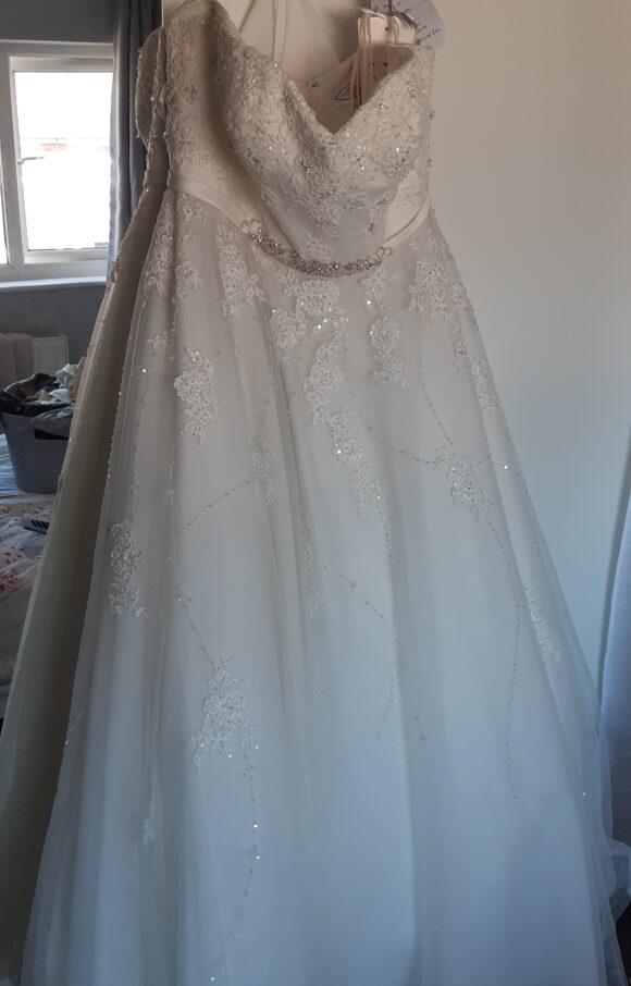 House of Nicholas | Wedding Dress | Princess | C2387