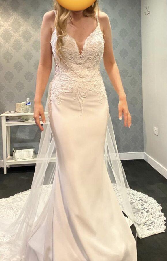 Dando London | Wedding Dress | Column | C2158