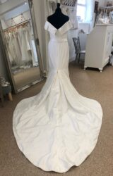 Alan Hannah | Wedding Dress | Fit to Flare | LE353M