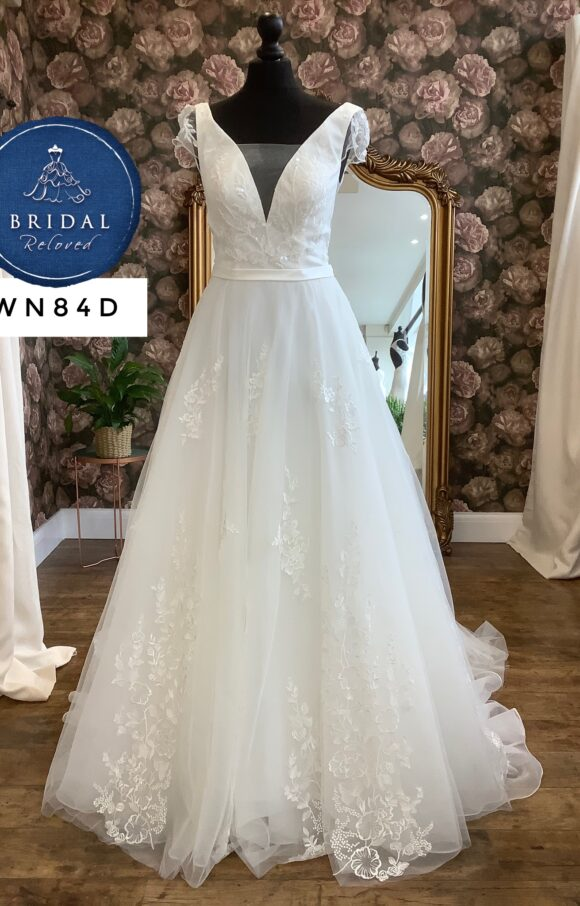 Mia Mia | Wedding Dress | Aline | WN84D