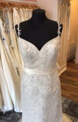 Charlie Balbier | Wedding Dress | Aline | T213F