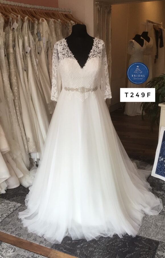 Terra Bridal | Wedding Dress | Aline | T249F