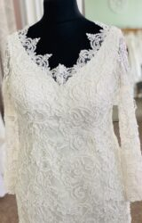 Hilary Morgan | Wedding Dress | Column | D1167K