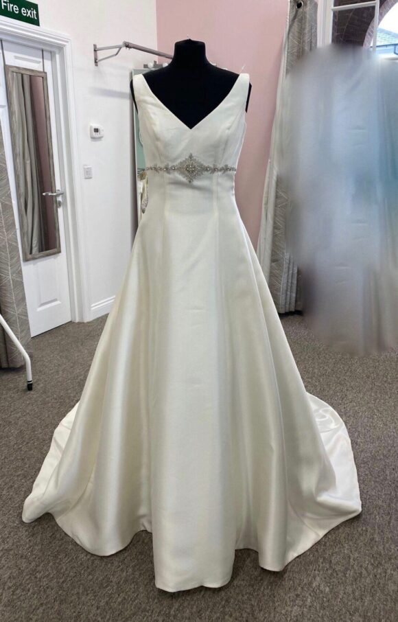 Catherine Jane   Wedding Dress   Aline   C2146