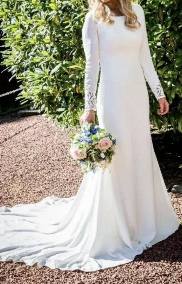 Pronovias | Wedding Dress | Fit to Flare | C2184