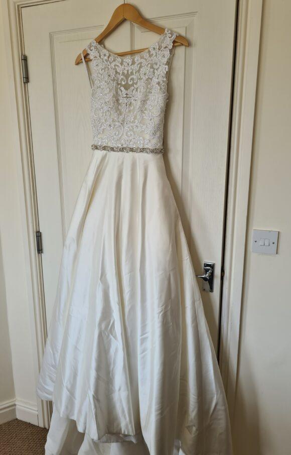 Anna Sorrano   Wedding Dress   Aline   C2266