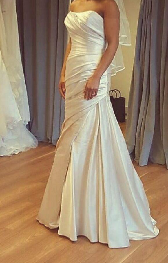 Pronovias   Wedding Dress   Fit to Flare   C2280