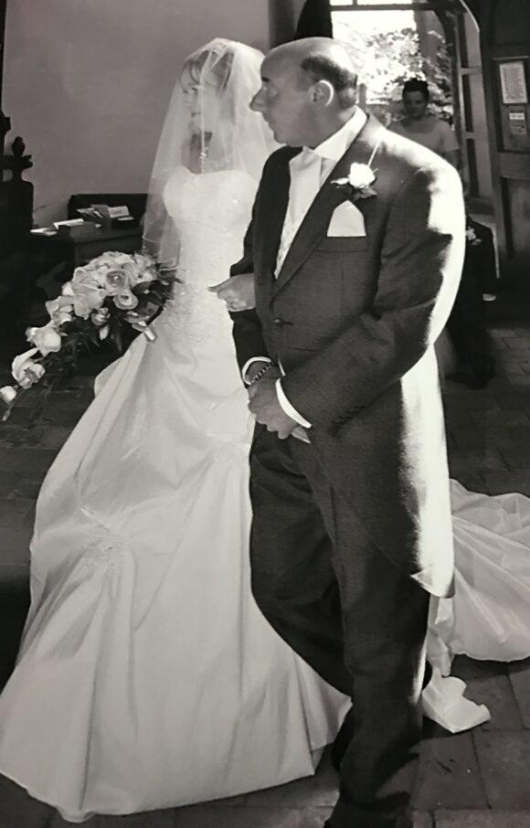 Amanda Wyatt | Wedding Dress | Aline | C2302