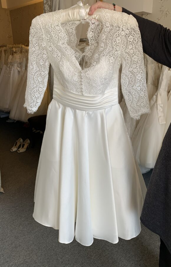 White Rose | Wedding Dress | Tea Length | C2229