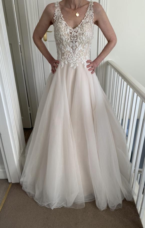 Unknown Designer | Wedding Dress | Aline | C2248