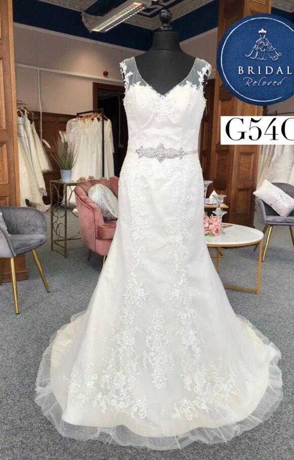 Ronald Joyce | Wedding Dress | Fit to Flare | G54C
