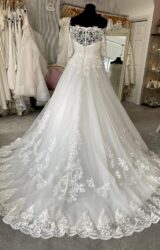Isabella   Wedding Dress   Aline   M194S