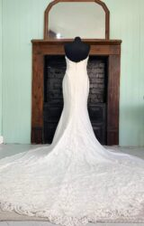 Enzoani   Wedding Dress   Fit to Flare   SH234S