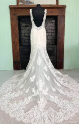 Allure | Wedding Dress | Fit to Flare | SH243S