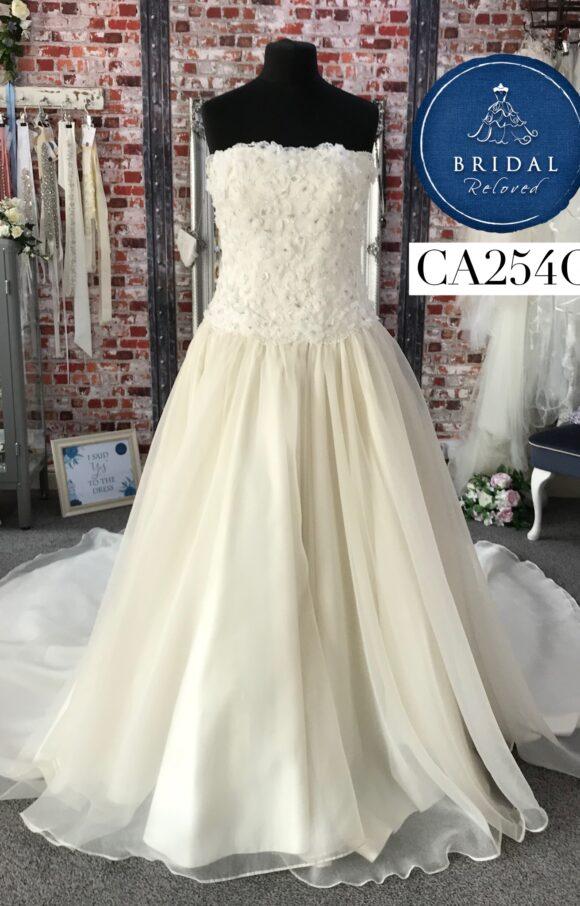 Eternally Yours | Wedding Dress | Aline | CA254G