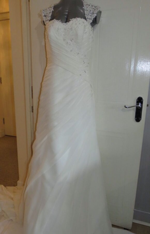 Morilee   Wedding Dress   Fit to Flare   C2249