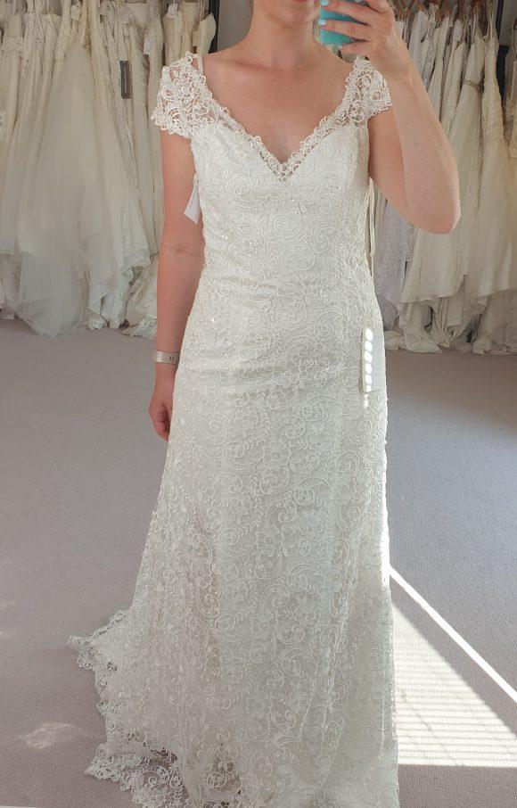 Berketex | Wedding Dress | Fit to Flare | C2305