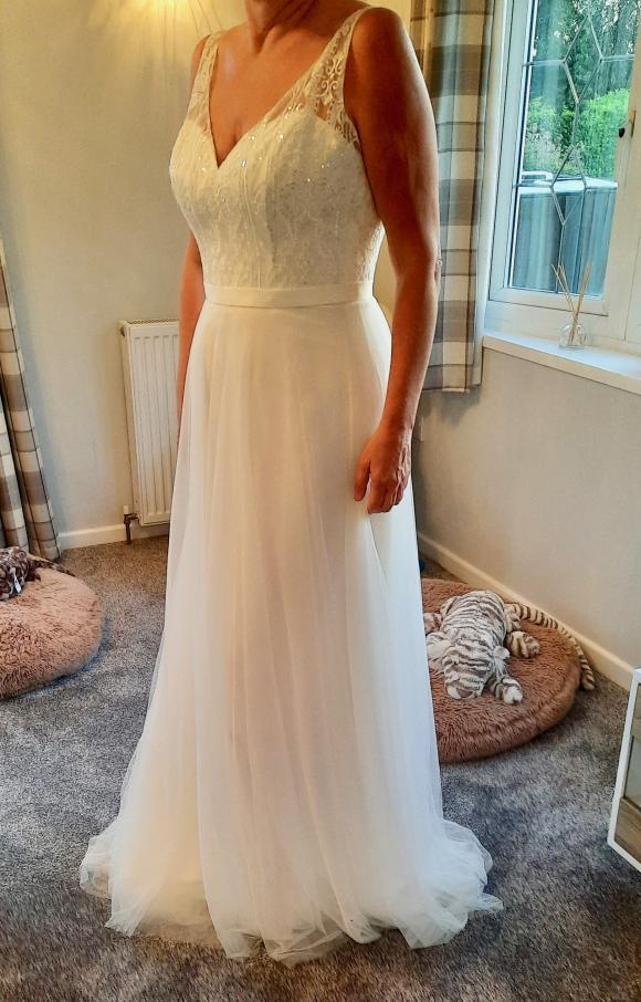 Emma Bridal | Wedding Dress | Aline | C2349