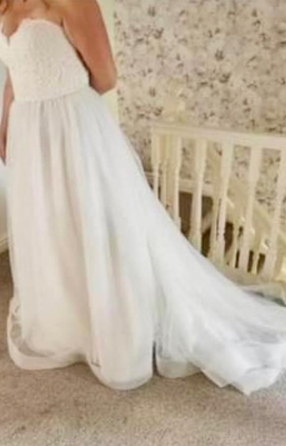 Paloma Blanca | Wedding Dress | Aline | C2370