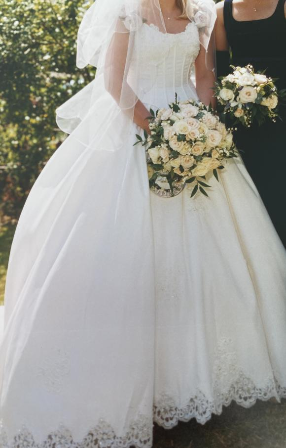 Sweetheart Gowns   Wedding Dress   Princess   C2542