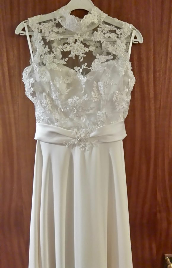 Sassi Holford | Wedding Dress | Aline | C2329