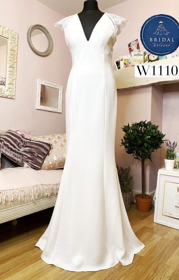 Catherine Deane   Wedding Dress   Fit to Flare   W1110L