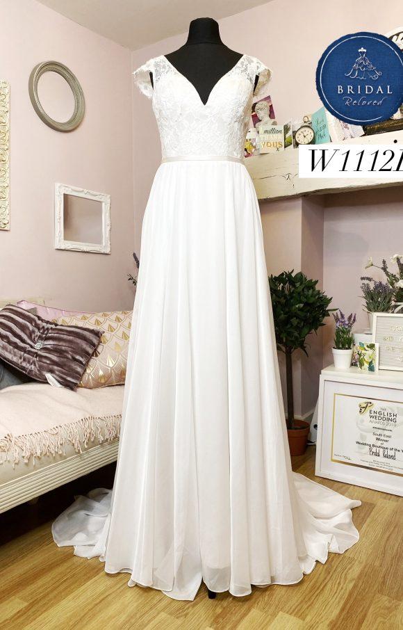 Paloma Blanca | Wedding Dress | Aline | W1112L