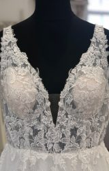 Richard Designs | Wedding Dress | Aline | LE399M