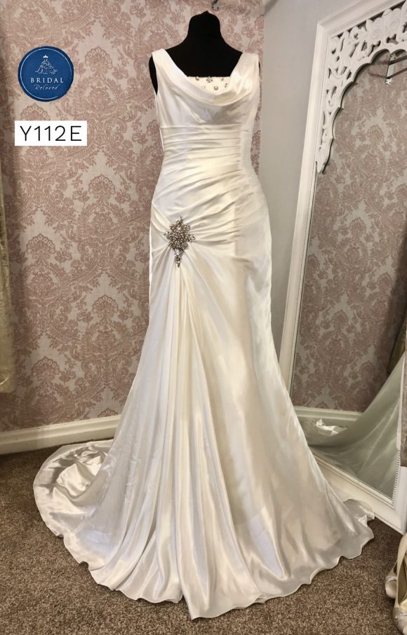 Ronald Joyce | Wedding Dress | Fit to Flare | Y112E