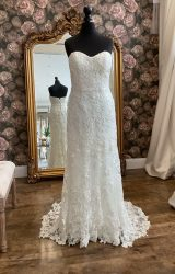 Watters | Wedding Dress | Fit to Flare | WN124D
