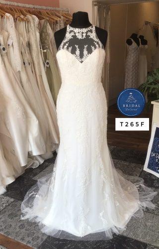 Enzoani   Wedding Dress   Fit to Flare   T265F