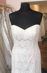 Sassi Holford | Wedding Dress | Fit to Flare | T233F