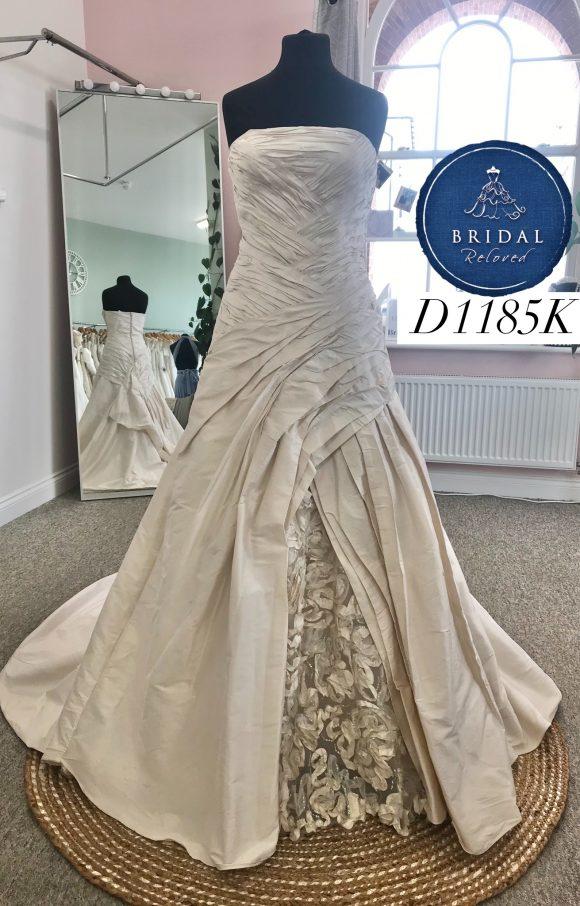 Ian Stuart | Wedding Dress | Aline | D1185K