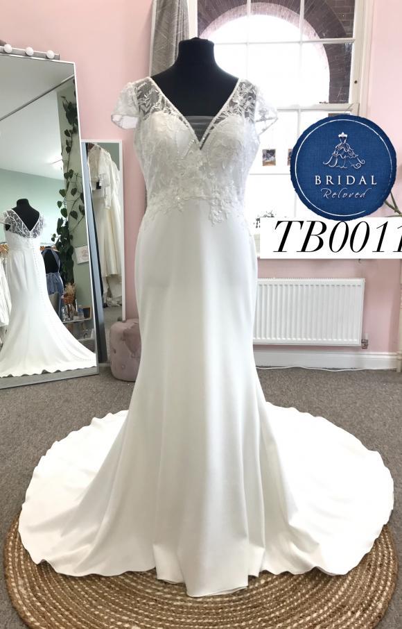 Terra Bridal | Wedding Dress | Fishtail | TB0011