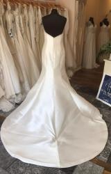 La Sposa | Wedding Dress | Fit to Flare | T238F